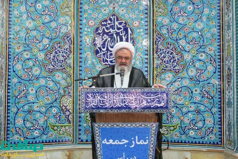 امام جمعه مراغه: پاسخ های رهبر انقلاب به نخست وزیر ژاپن مایه افتخار هر ایرانی است