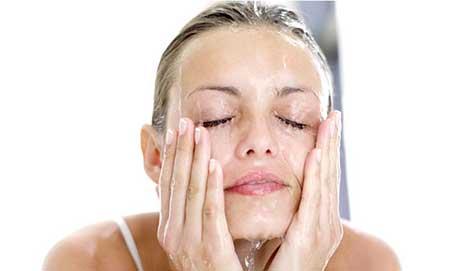 نگاه سطحی به شستوشوی پوست