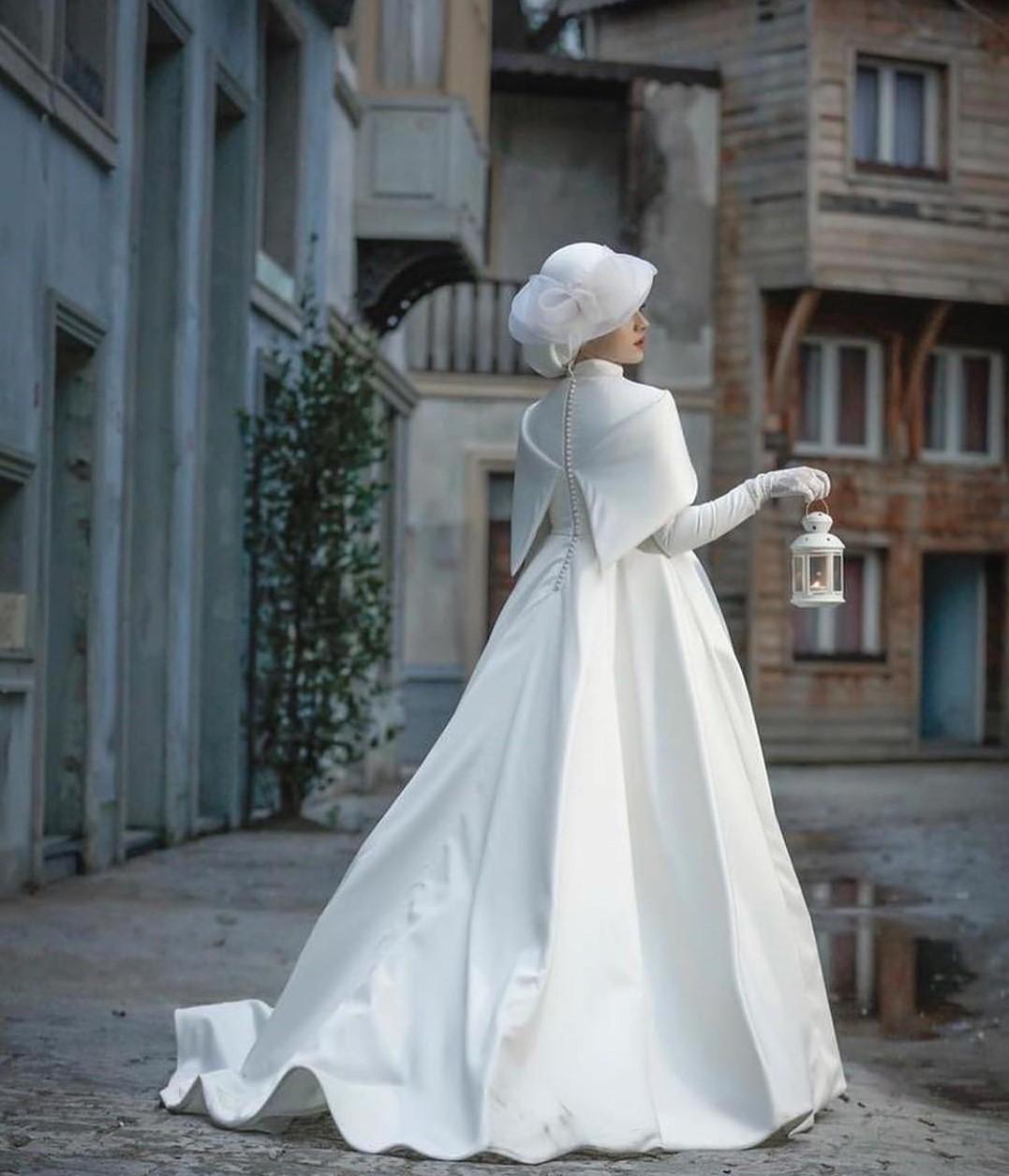 مدل لباس عروس پوشیده 2019