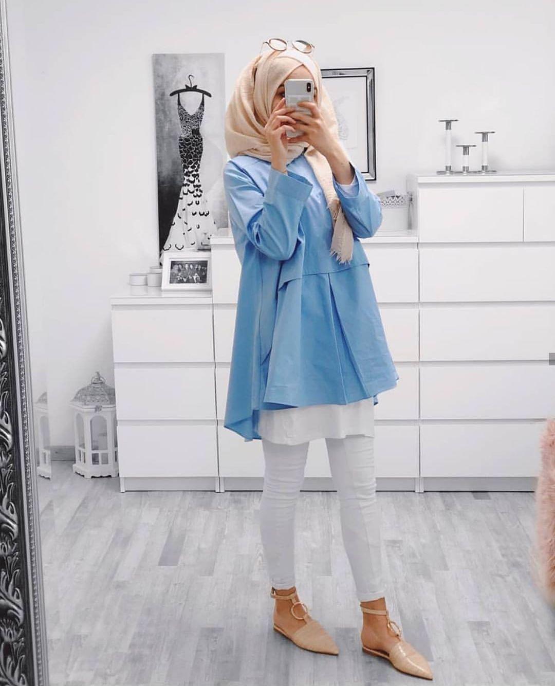 http://rozup.ir/view/2921717/hijab%20-manto-2978%20(3).jpg