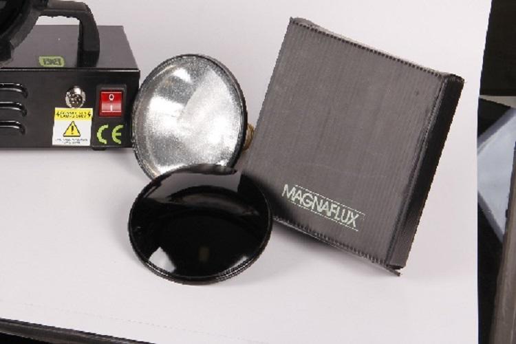 تجهيزات تست به روش ذرات مغناطيسی ( MT )
