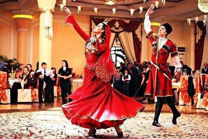 ویدیو موسیقی زیبای آذری همراه رقص زیبای آذری