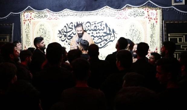 دانلود عکس و والپیپر HD | کربلایی هادی گلستانی شب پنجم محرم الحرام 1398