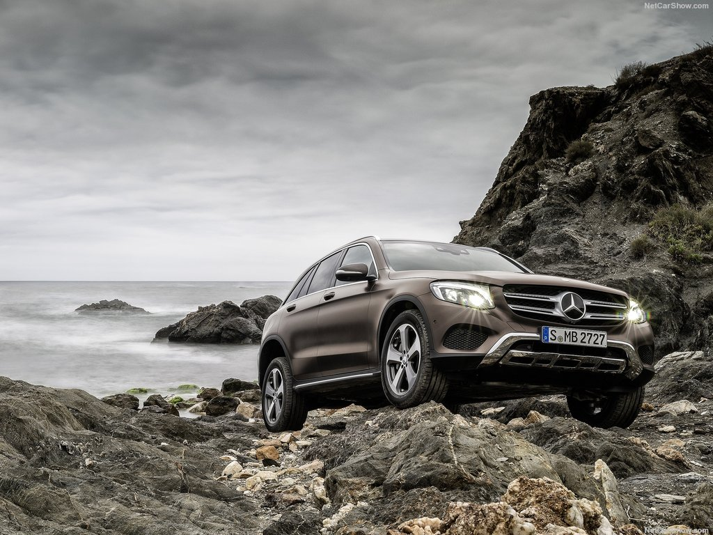 Mercedes-Benz-GLC_2016