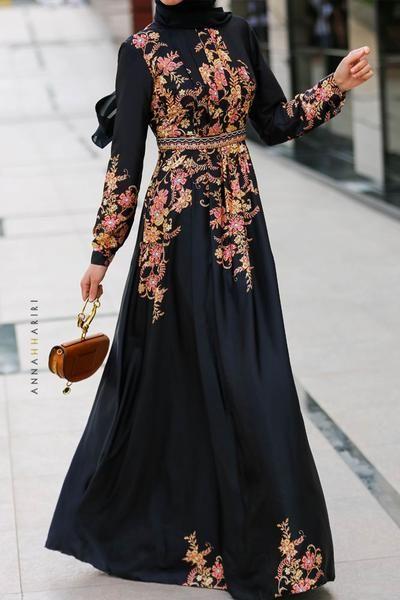 مدل مانتو با پارچه گلدار مشکی