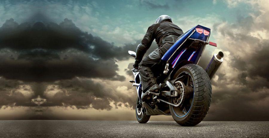 داستان کوتاه در مورد موتورسوار