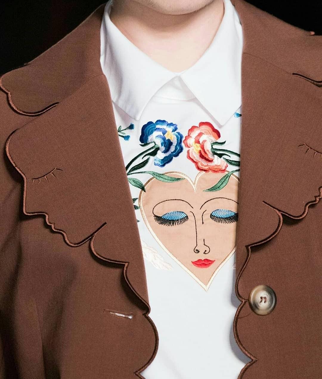 مدل تزیین یقه لباس فانتزی دخترانه