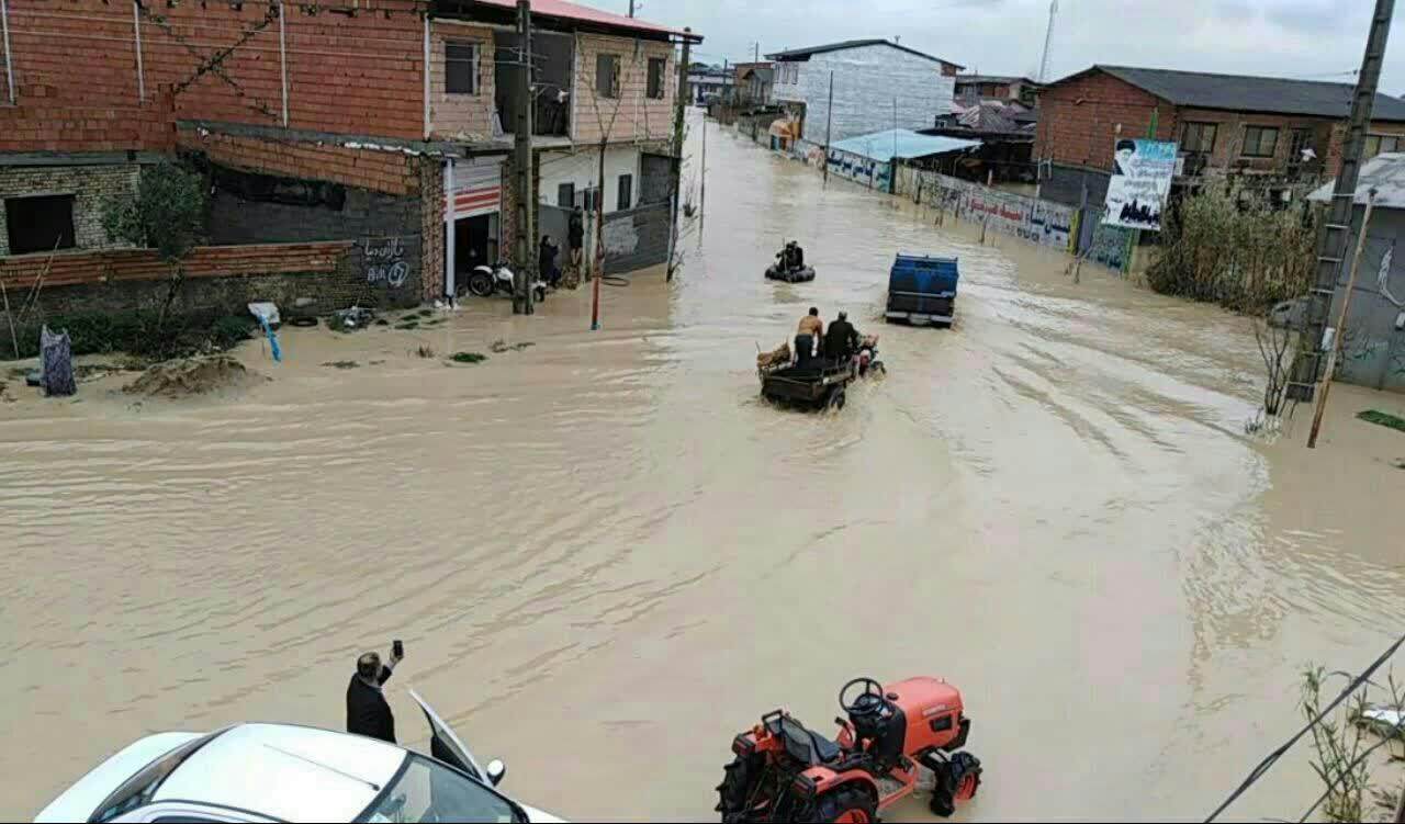 پرداخت خسارت ناشی از سیلاب به کشاورزان روستای برگه