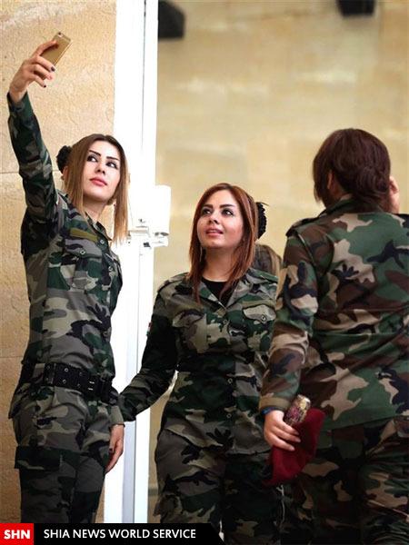 سلفی دختران کرد برای مبارزه با داعش