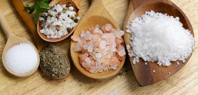 آشنایی با انواع نمک،بهترین نمک برای استفاده