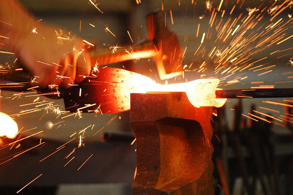 فرایند آهنگری یا فورج