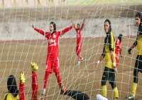 شکست بانوان فوتباليست اصفهاني از کردستان