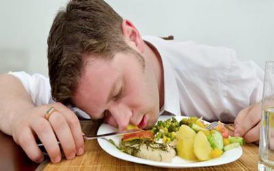 مواد غذایی بروز مسمومیت غذایی،رژیمهای خام خواری