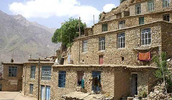 معماری سنتی شهر اورامان تخت