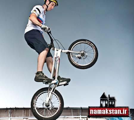 عجیب ترین رکورد گنیس بیشترین پرش با دوچرخه