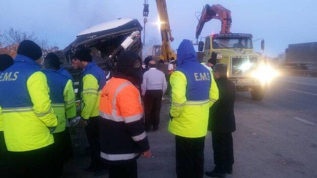 واژگونی اتوبوس در آزاد راه زنجان قزوین