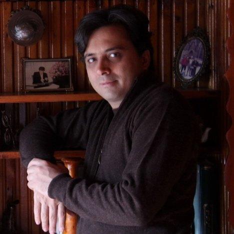 مجید اخشابی-اولین انتخاب