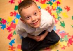 نکات مهم براي تربيت کودک اوتيسمي