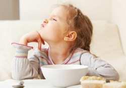 علائم و درمان بي اشتهايي در کودکان