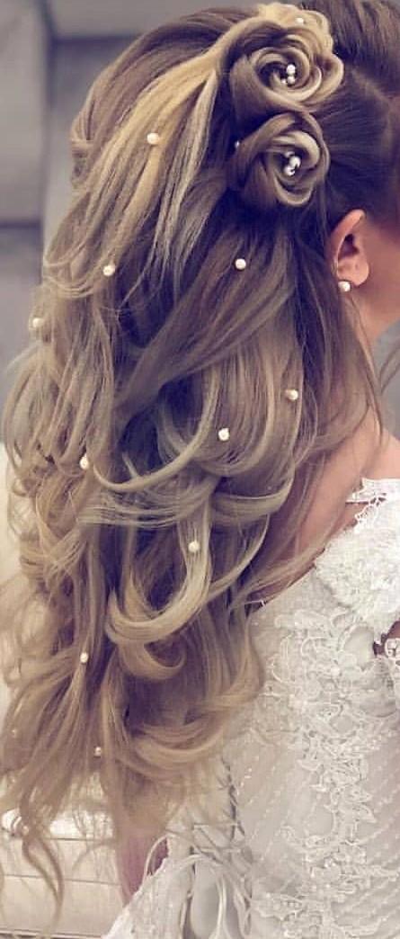http://rozup.ir/view/3093872/makeup-3436%20(5).jpg