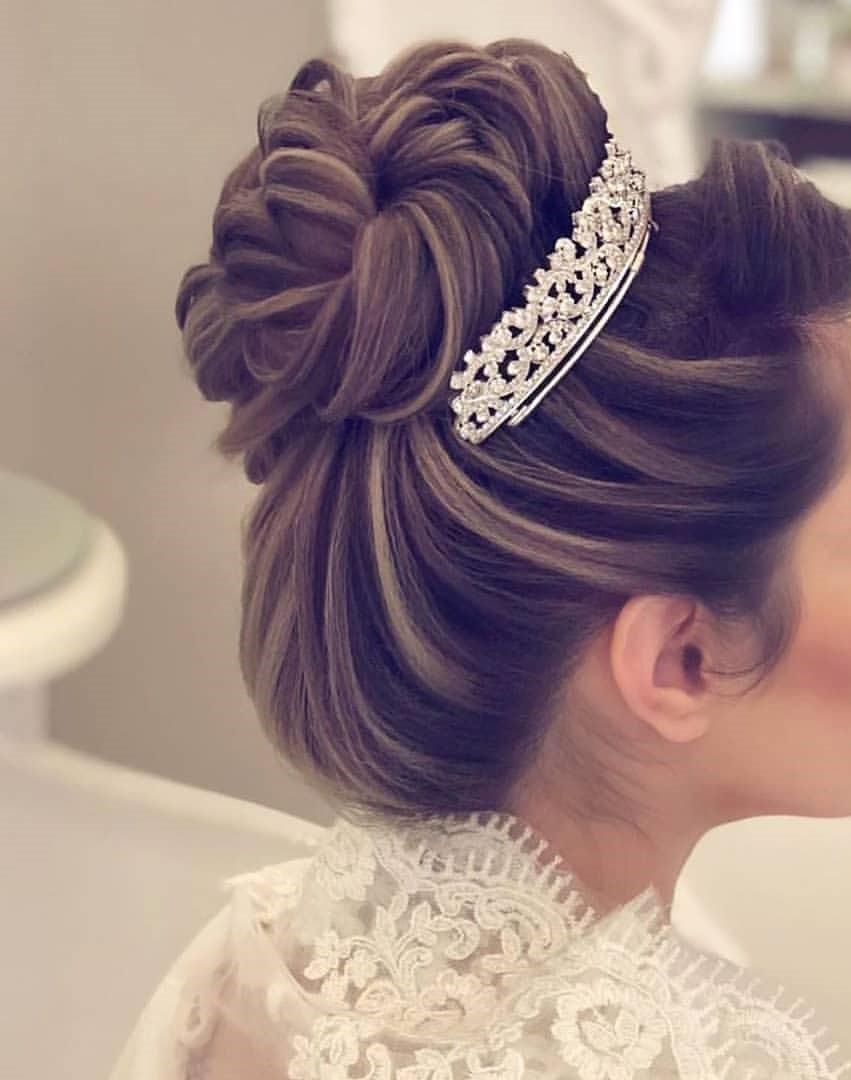 http://rozup.ir/view/3093876/makeup-3436%20(9).jpg