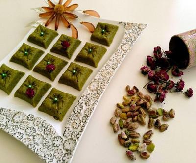 حلوای پسته ویژه ماه رمضان