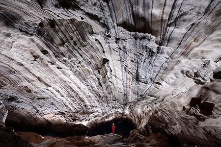 غار نمکدان یا غار سه مرد برهنه در قشم (+تصاویر)