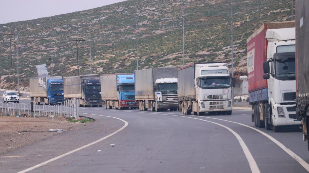 ارسال تریلرهای کمک انسانی سازمان ملل متحد به شهر ادلب سوریه