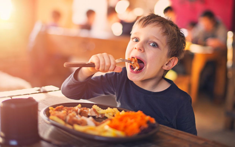 بدترین خوردنی ها برای کوچولوهای بیش فعال