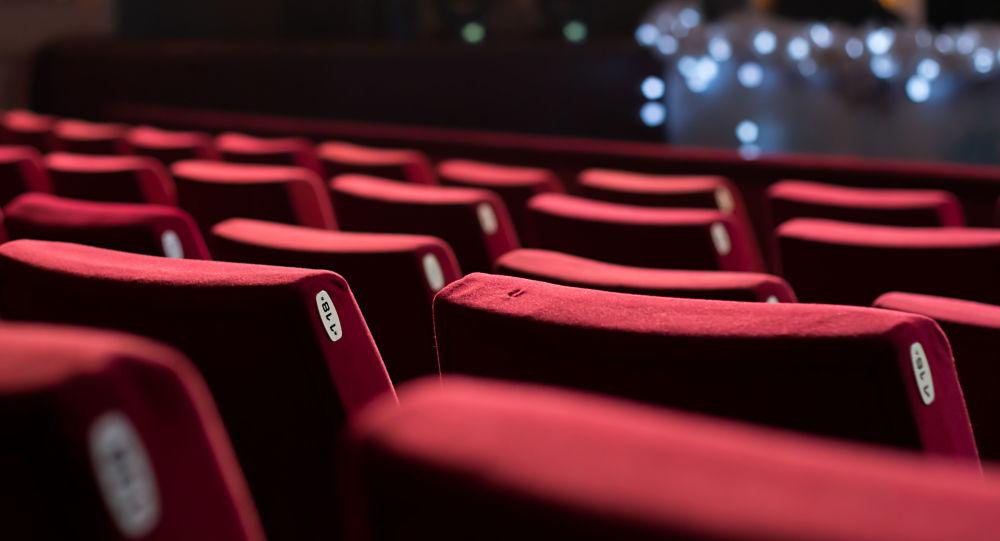 رئیس انجمن صنفی سینماداران ایران: چارهای جز بازگشایی سینماها نداریم