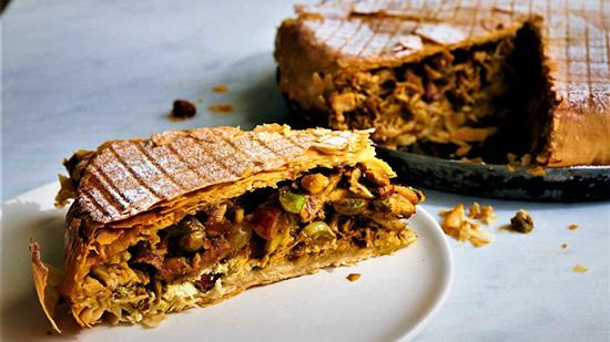 طرز تهیه چیکن پاستیلا؛ غذای محشر مراکشی