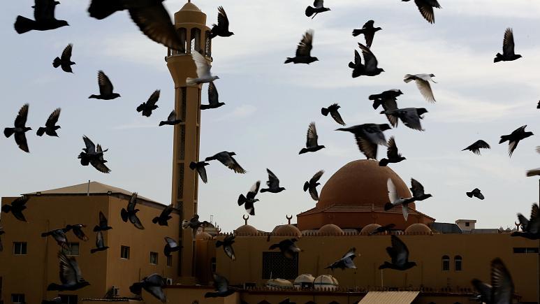 نماز عید فطر در مساجد عربستان و امارات برگزار نمیشود