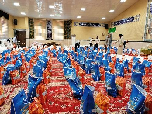 توسط گروه جهادي افسران ولايت انجام شد؛ توزيع کمک هاي مومنانه به آسيب ديدگان کرونا همزمان با عيدسعيد فطر+تصاویر