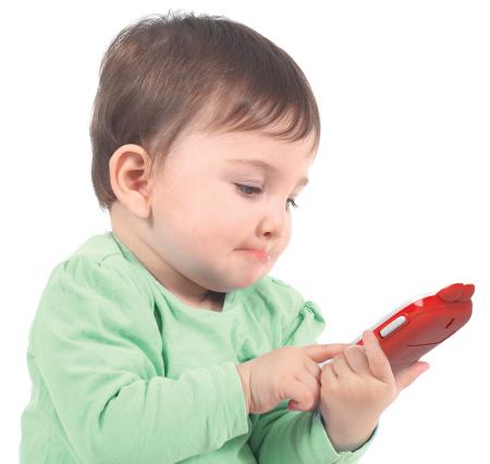 عوارض وابستگی کودکان به موبایل و تبلت و راههای کاهش آن