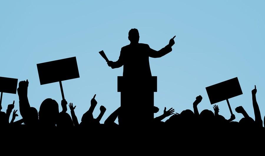 راز موفقیت در سیاست؛ مشهدی باش!