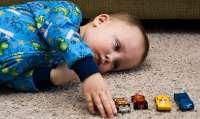 اوتيسم کدام کودکان را تهديد مي کند؟