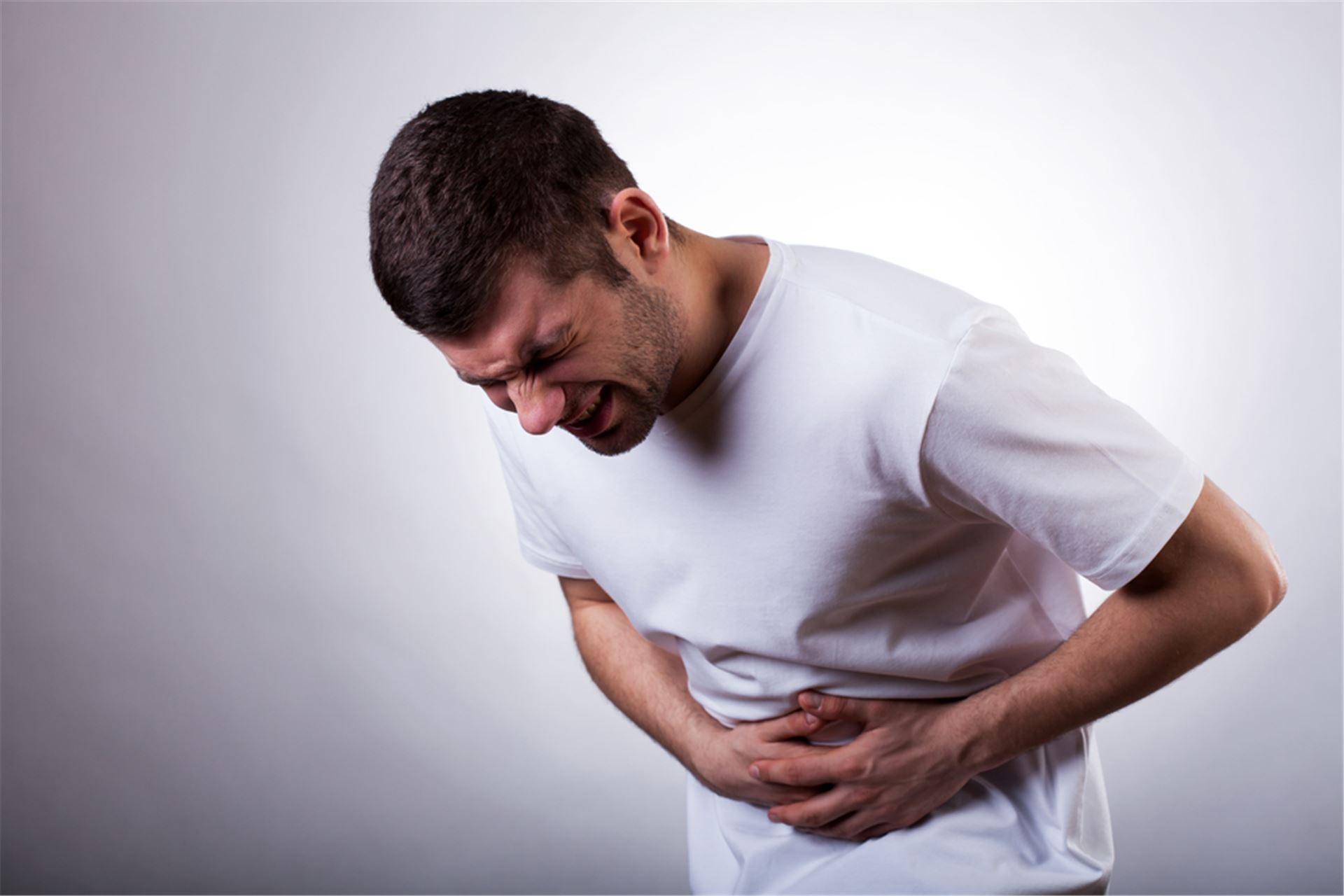 علائم گوارشی در مبتلایان به کرونا رو به افزایش است/دستهای آلوده شایع ترین روش انتقال کرونا