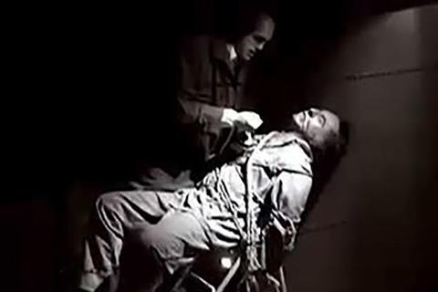 داستان دنباله دار اسرار یک شکنجه گر( فصل اول)