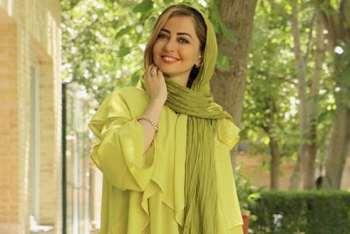 نفيسه روشن با مانتو و شال سبز / مدل لباس بازيگران سيما