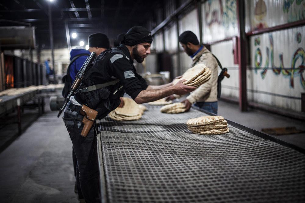 زندگی زیر سایه داعش به چه قیمتی؟