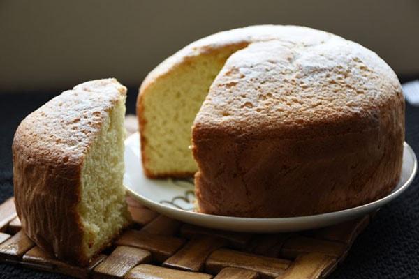 طرز تهیه کیک اسفنجی بدون فر و همزن برقی