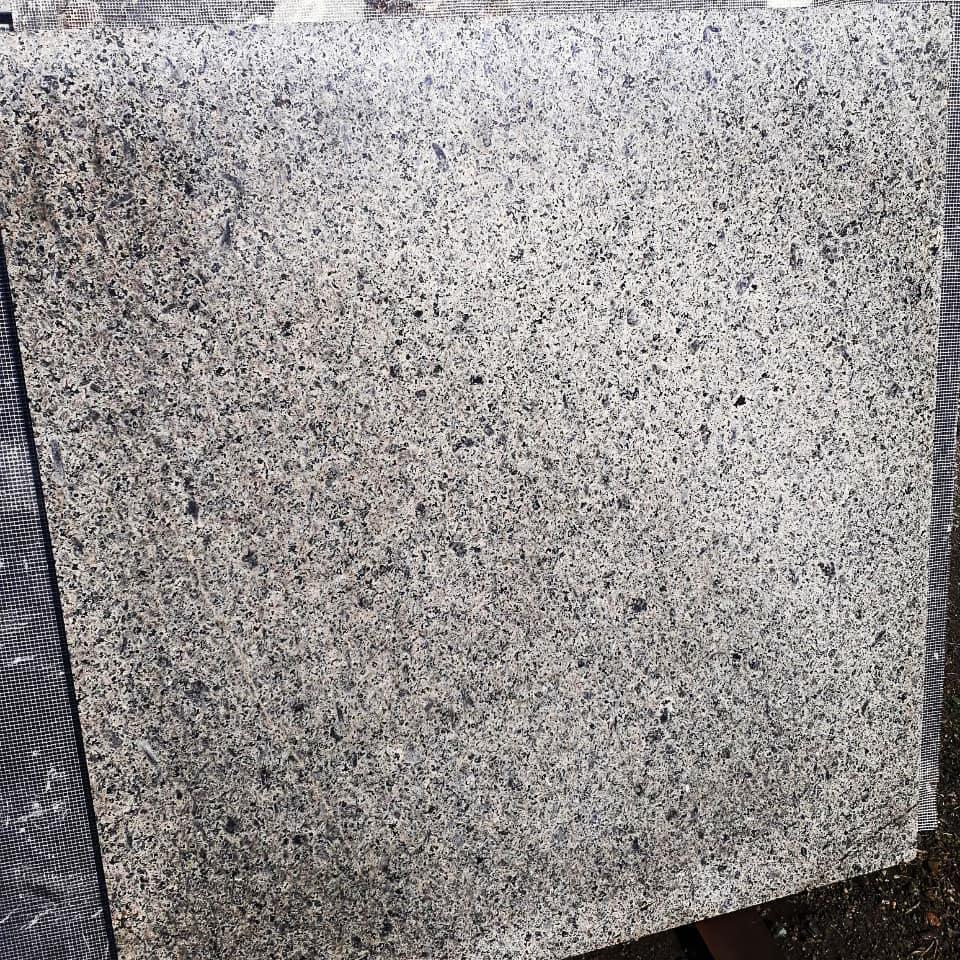 http://rozup.ir/view/3179309/Stone%20Taha-%209121533706%20%20(3).jpg