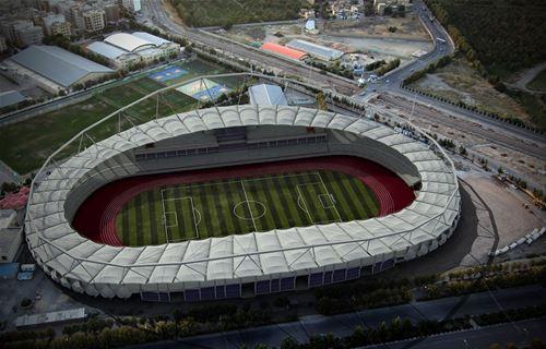 آغاز نصب صندلیهای استادیوم ورزشی امام رضا (ع)