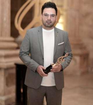 احسان عليخاني در جشن حافظ با تيپ سنگين
