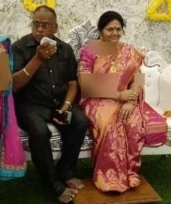 عشق بي اندازه مرد هندي به همسرش را ببينيد
