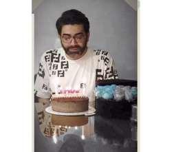 فرزاد حسني 44 ساله شد