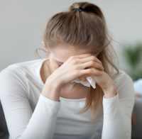 چگونه اشک ريختن خود را کنترل کنيم؟
