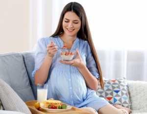 صبحانه براي خانم هاي حامله / تغذيه مناسب براي زنان باردار