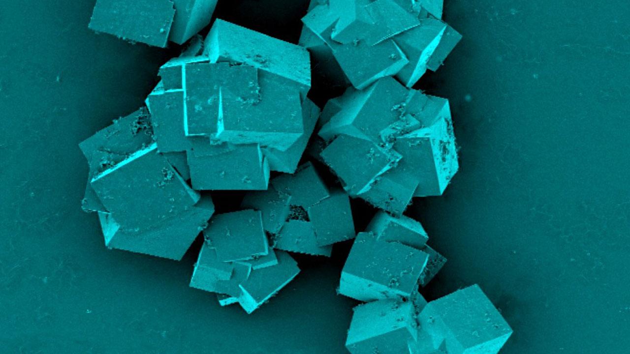 در ۳۰ دقیقه، با کمک فناوری نانو آب شیرین تولید کنید!