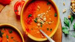 طرز تهيه سوپ فلفل خوشمزه و مقوي